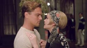 Gatsby DiCaprio i Daisy Carey Mulligan. Gatsby wrócił do Daisy po pięciu latach z majątkiem. Wielki Gatsby - The Great Gatsby - Warner Bros 2013