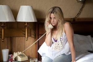 """Ellis Tye Sheridan i Mud Matthew Mcconaughey. Ellis stara się za wszelką cenę uratować związek Muda i Juniper. Uciekinier - """"Mud"""" Lionsgate 2012"""